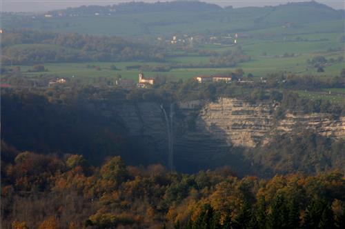 valle-cascada-de-gujuli