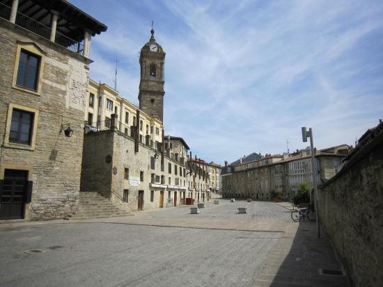 torre iglesia-de-san-vicente Vitoria Gasteiz