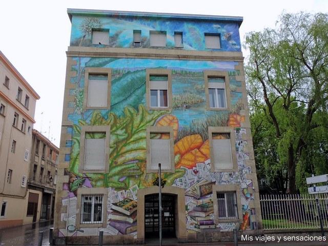Que_haremos_con_lo_que_sabemos_murales_vitoria