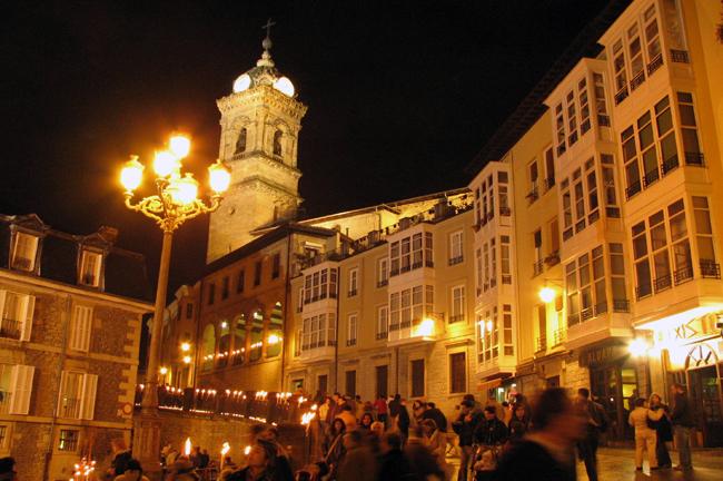 Noche-velas-Navidad-Vitoria